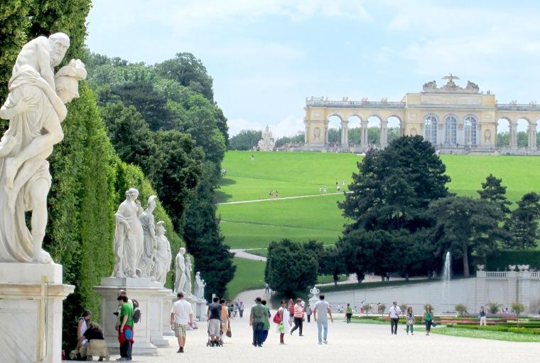 gardens-schonbun-vienna.jpg