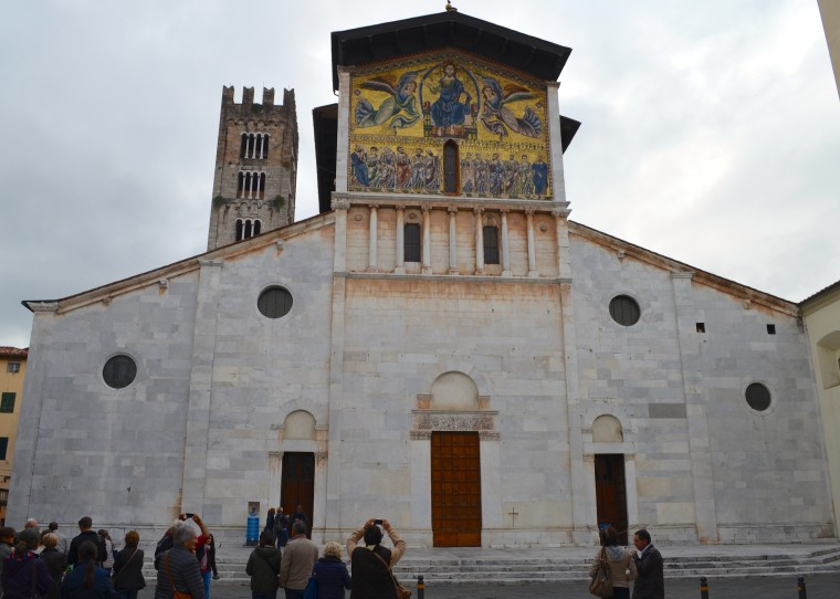 Frediano Church Lucca.jpg