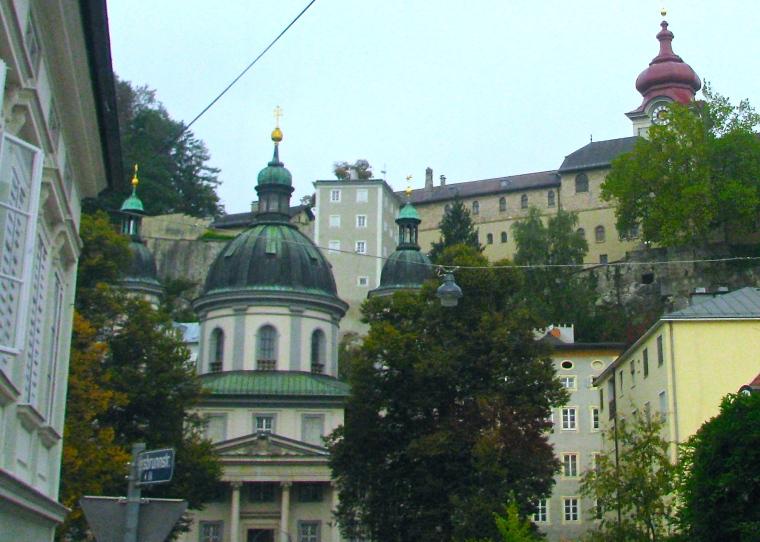 Nonnberg Abbey Salzburg.JPG