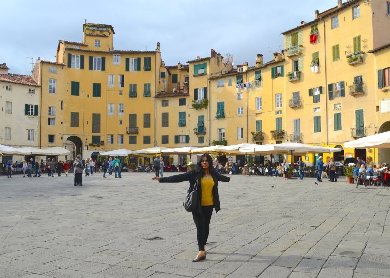 Piazza Anfiteatro 2.jpg