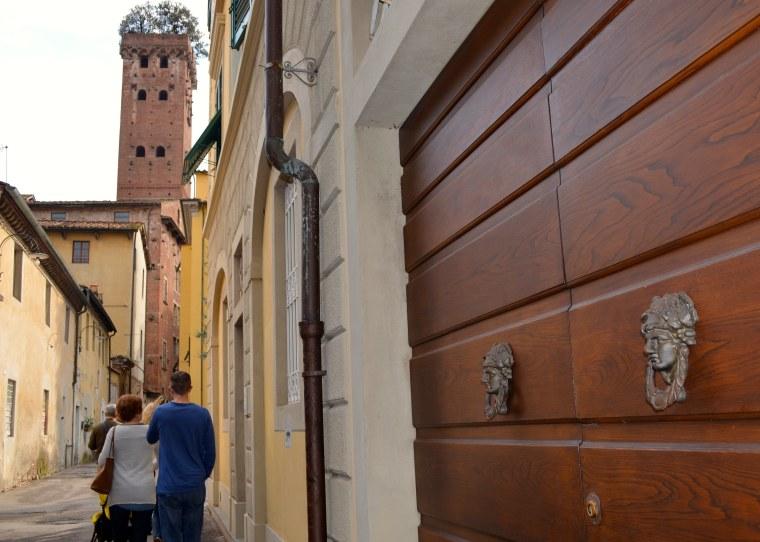 Torre Guinigi Lucca 1.jpg