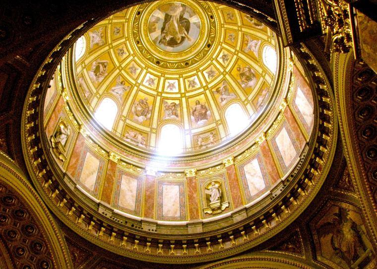 Budapest St. Stephen_s Basilica dome