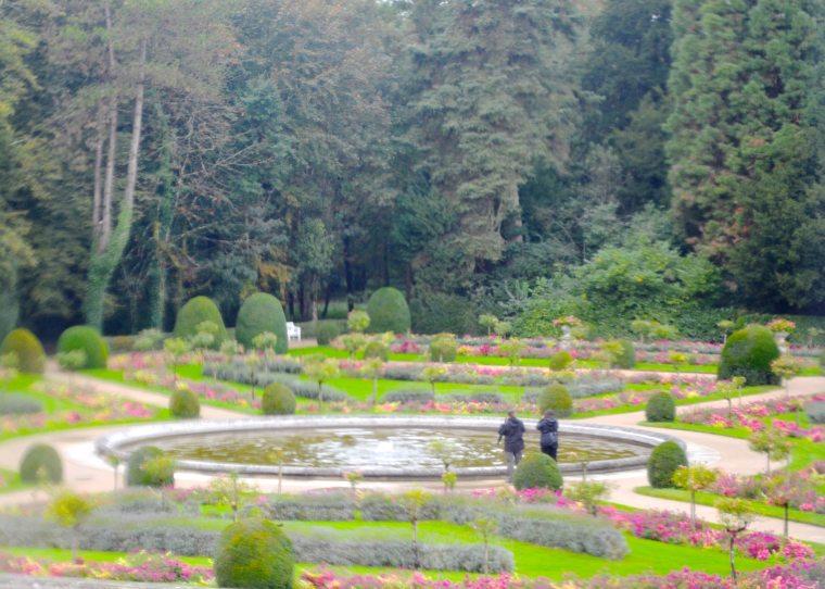 Chenonceau gardens 1.jpg