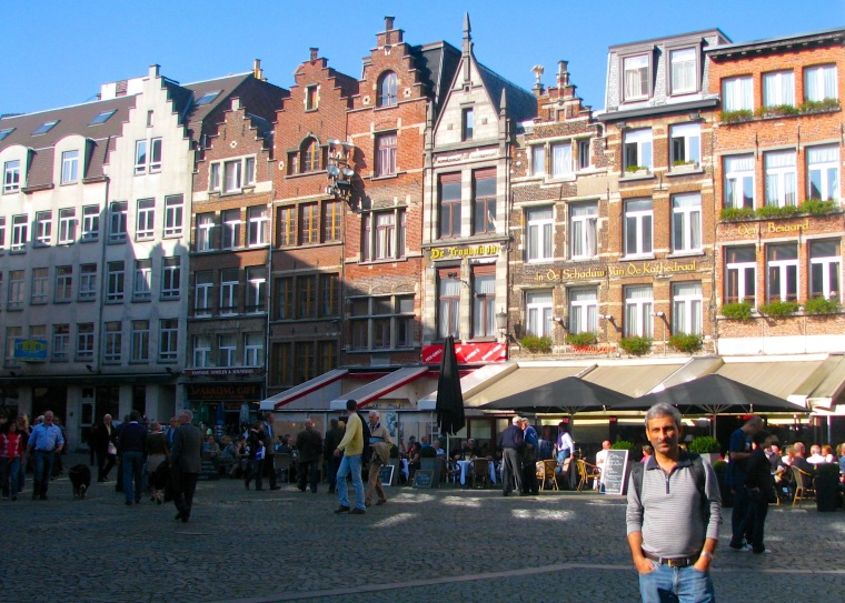 Antwerp old town 1.jpg