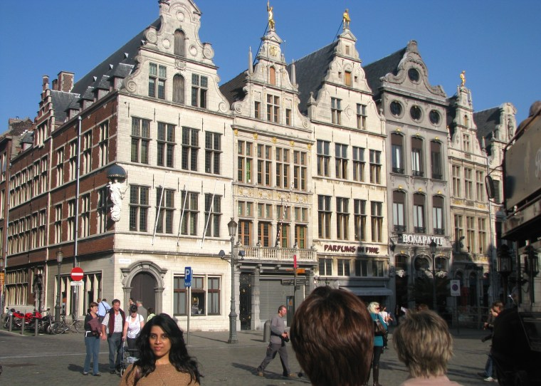 Antwerp old town 4