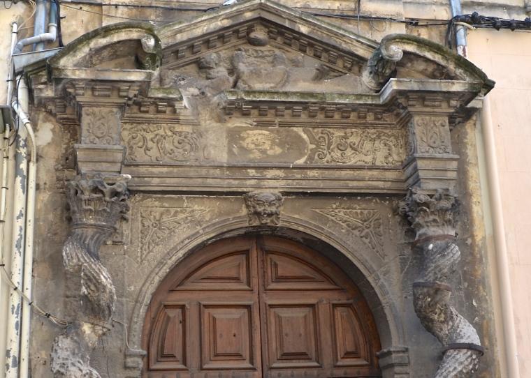 Arles, France 11