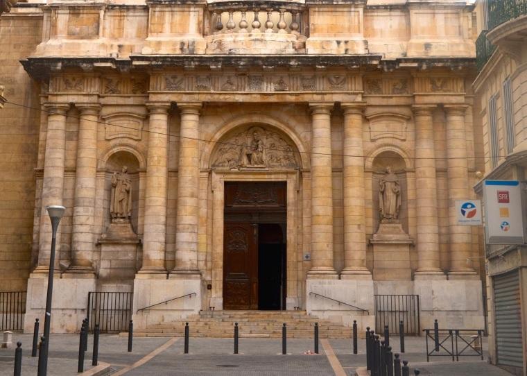 Marseilles_Le Panier_medieval buildings