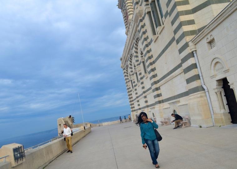 Marseilles_Notre Dame de la Garde_outside terrace