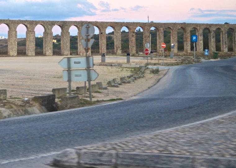 Aqueduct_ObIdos_1.JPG