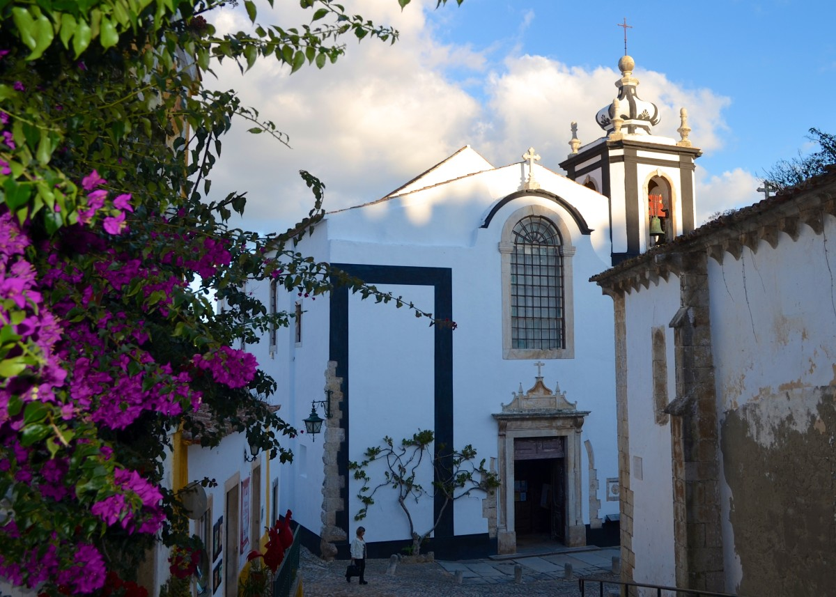 Obidos is one of the most photogenic towns you have ever seen