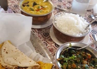 Bundelkhandi meal_Amar Mahal_Orchha