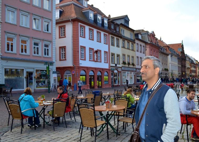 Marktplatz_Heidelberg_3.jpg