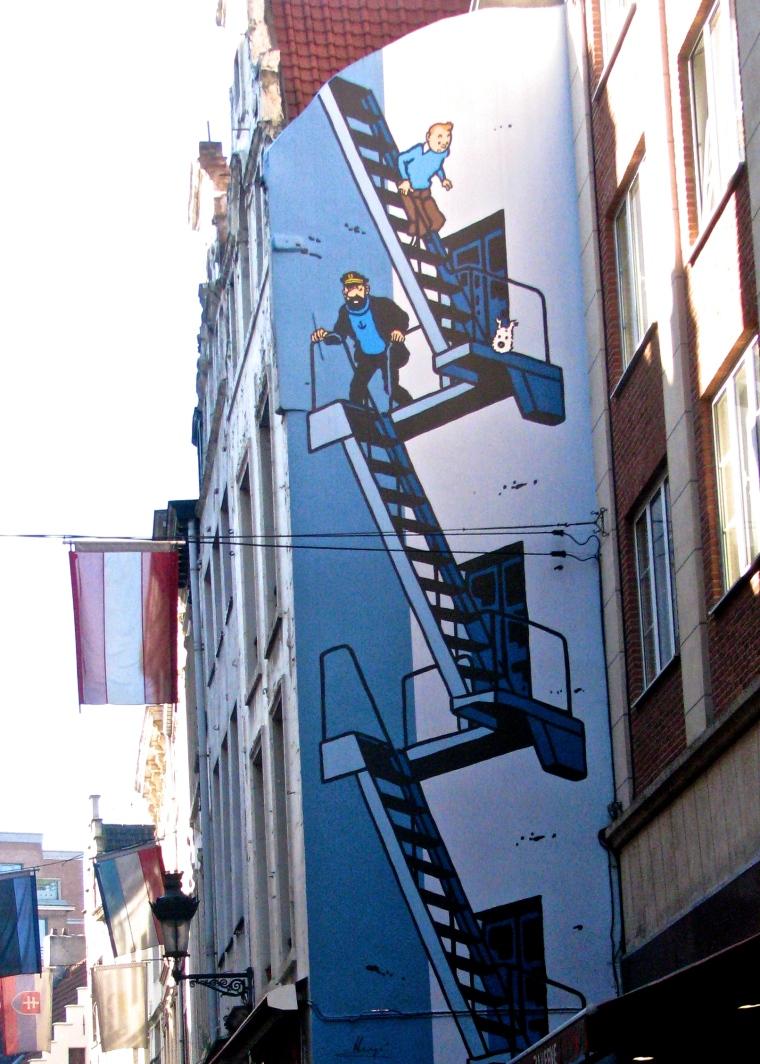 Tintin_mural_Brussels.JPG