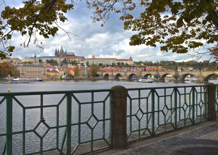 Vltava River_Prague_1.jpg