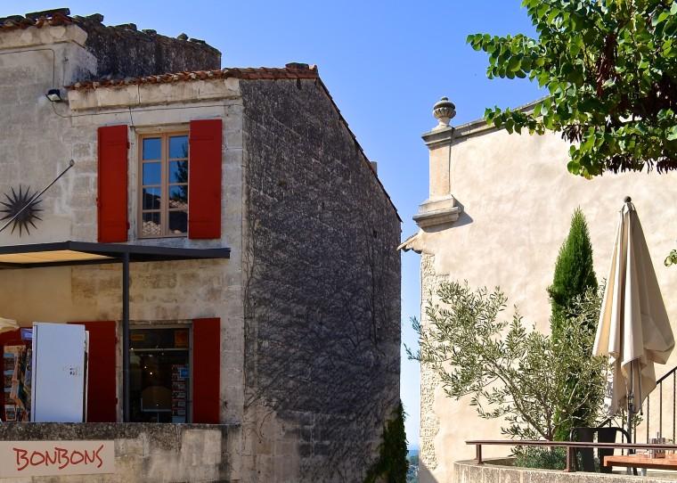 Les Baux-de-Provence_France_1.jpg