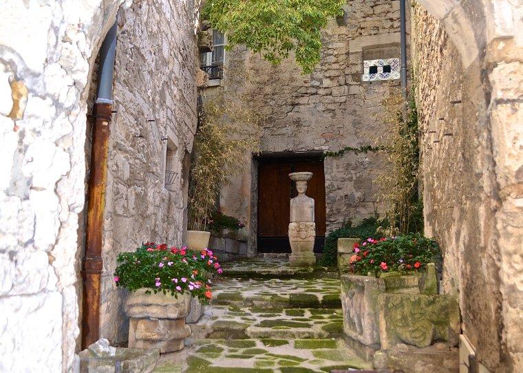 Les Baux-de-Provence_France_4
