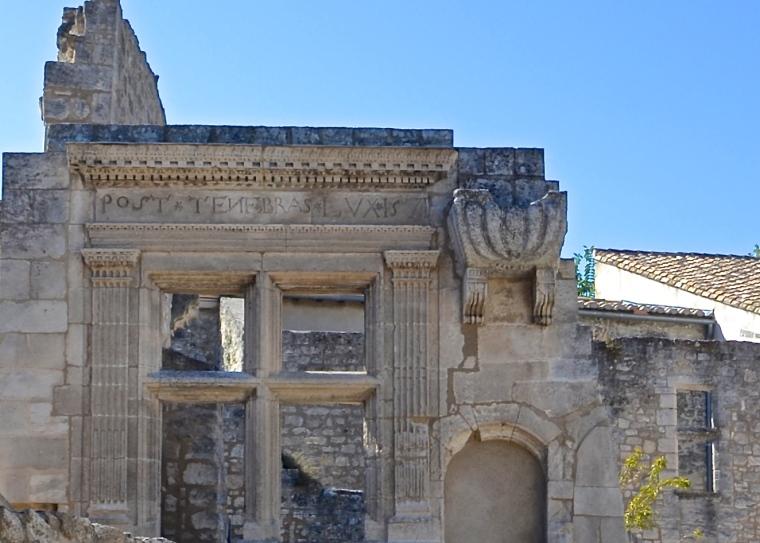 Les Baux-de-Provence_France_8