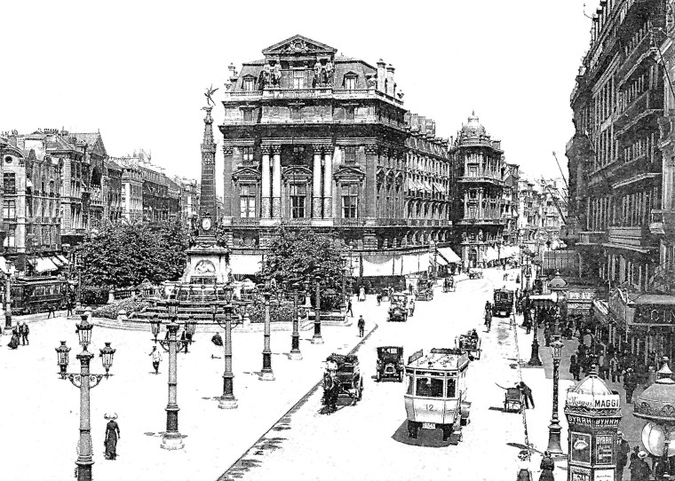 Place_de_Brouckere_postcard.jpg