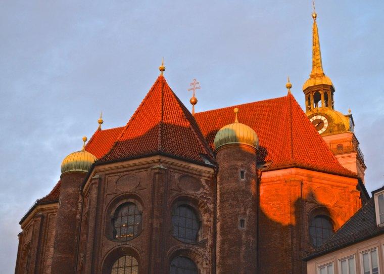 St Peters Church_Munich.jpg