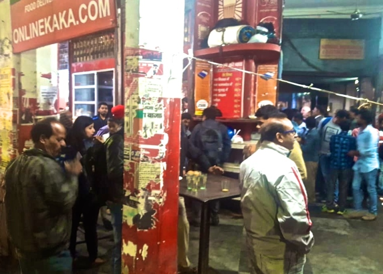 Sharma Tea Stall_Lal Bagh_Lucknow_2