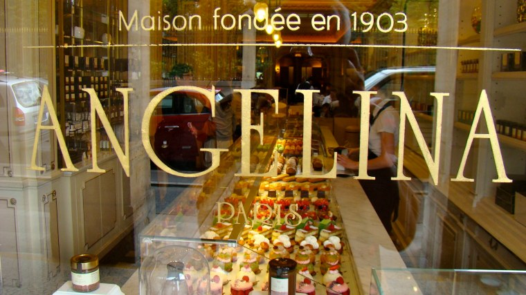 Angelina,_rue_de_Rivoli_1_Paris,_France_2011.jpg