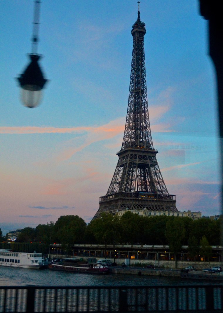 eiffel tower_paris_1