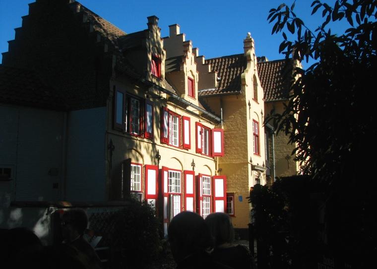 Canal houses_Bruges_1.jpg