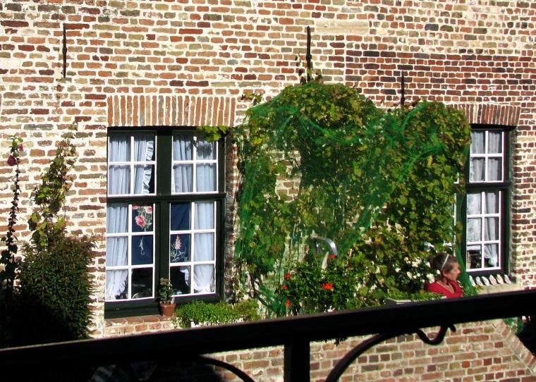 Canal houses_Bruges_2.jpg