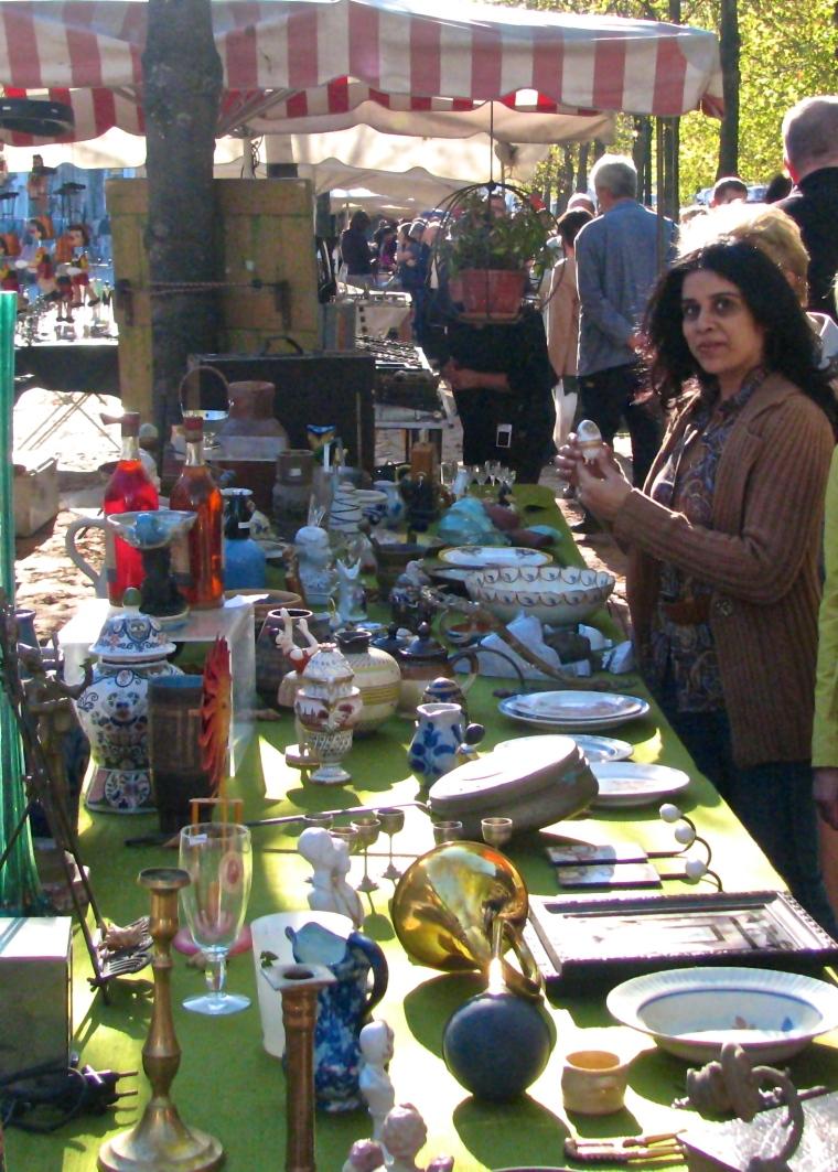 Flea market_Bruges.JPG