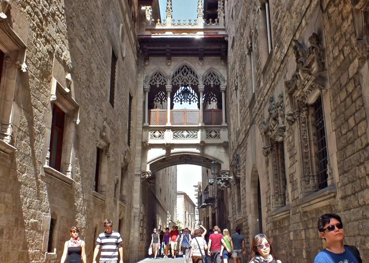 Barri_gòtic_Barcelona_2.jpg