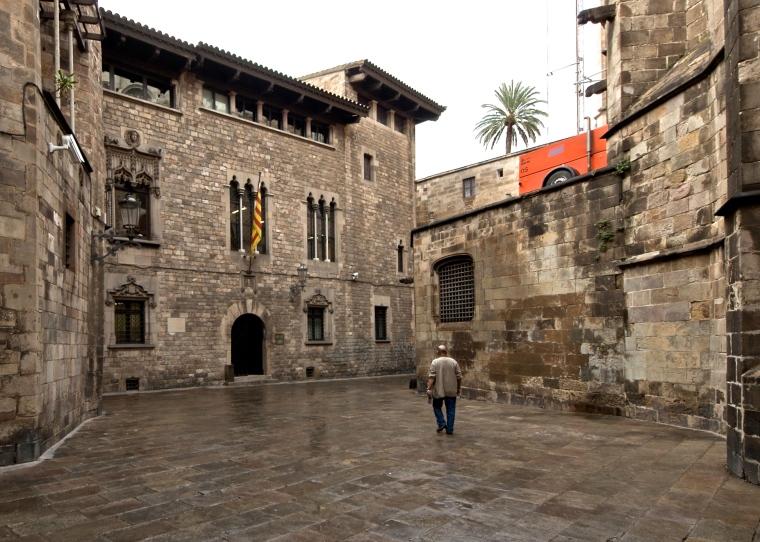 Barri_gòtic_Barcelona_3.jpg