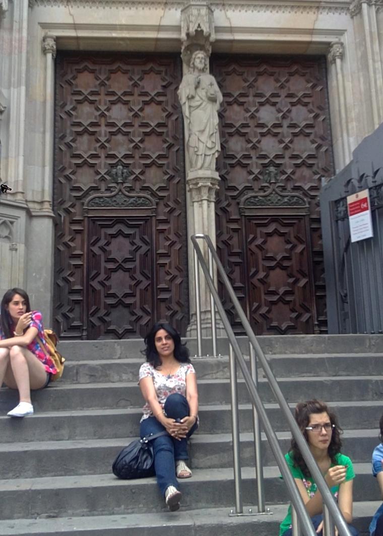 Barri_gòtic_Cathedral_Barcelona_1