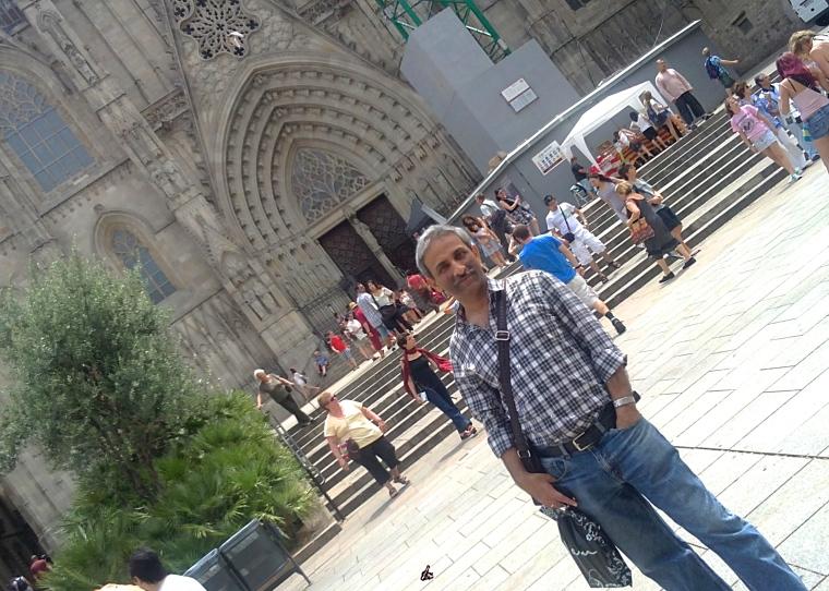 Barri_gòtic_Cathedral_Barcelona_2