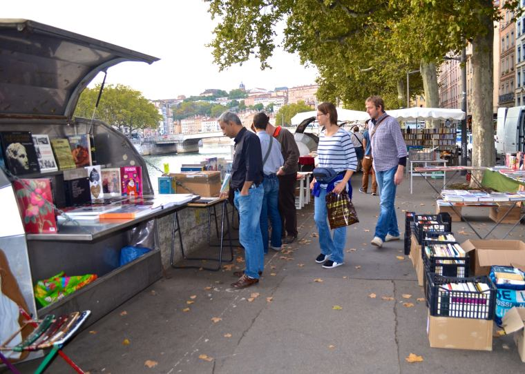 Bookstalls_Saone riverside_Lyon_France.jpg