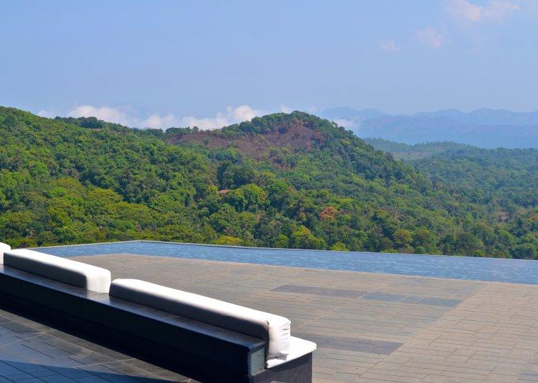 Lobby terrace_Taj Madikeri_5