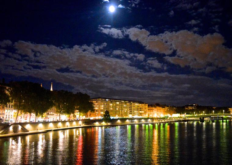 Saone riverside_night_Lyon_France_1.jpg