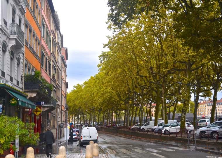 Street scene_Lyon_France_1.jpg