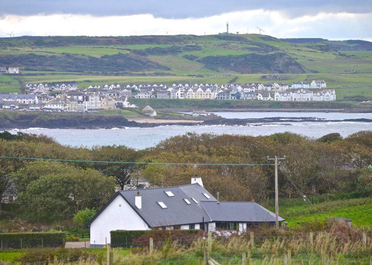 Bushmills_Ireland_2.jpg