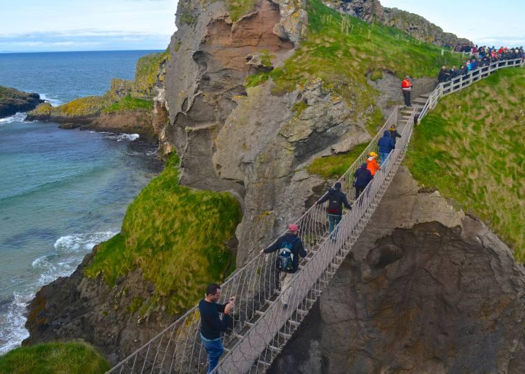 Carrick-a-Rede_Ireland_3.jpg