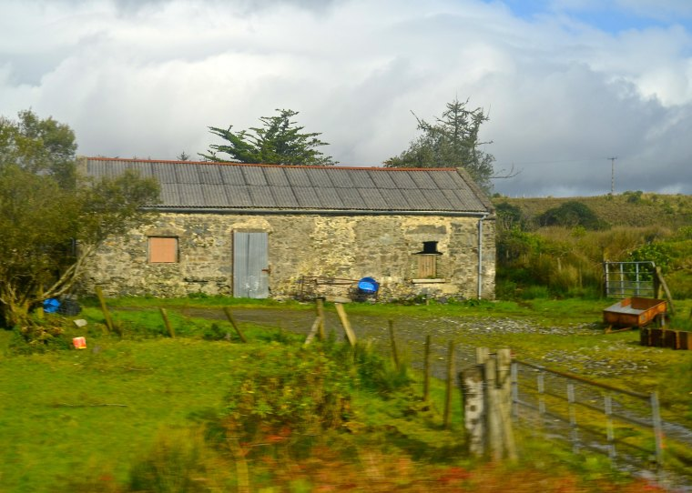 Connemara_Ireland_house_2