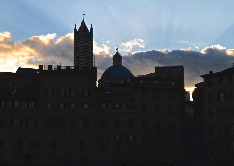 Siena_Tuscany_Piazza_Campo_4
