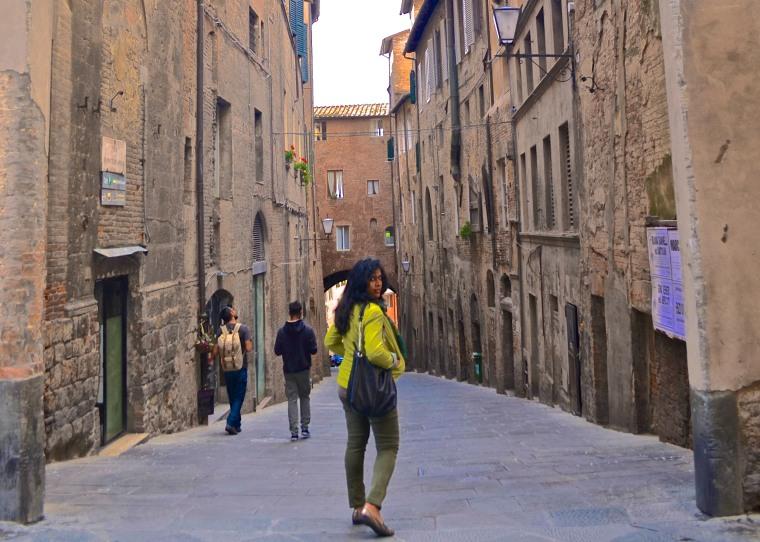 Siena_Tuscany_Street_3