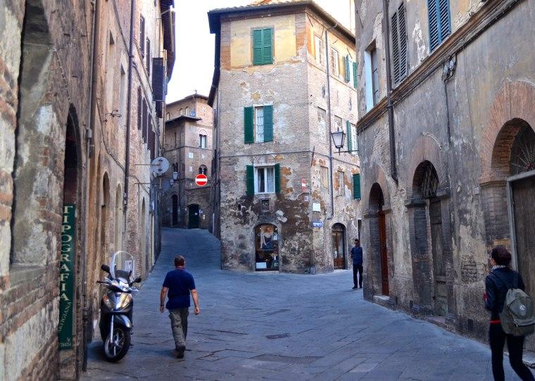 Siena_Tuscany_Street_8